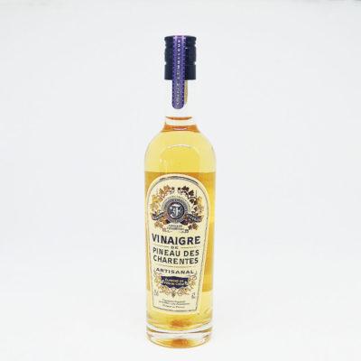 Le Fumoir de St-Cast présente le viangaire de Pineau Blanc des Vianaigre Le fleuriet